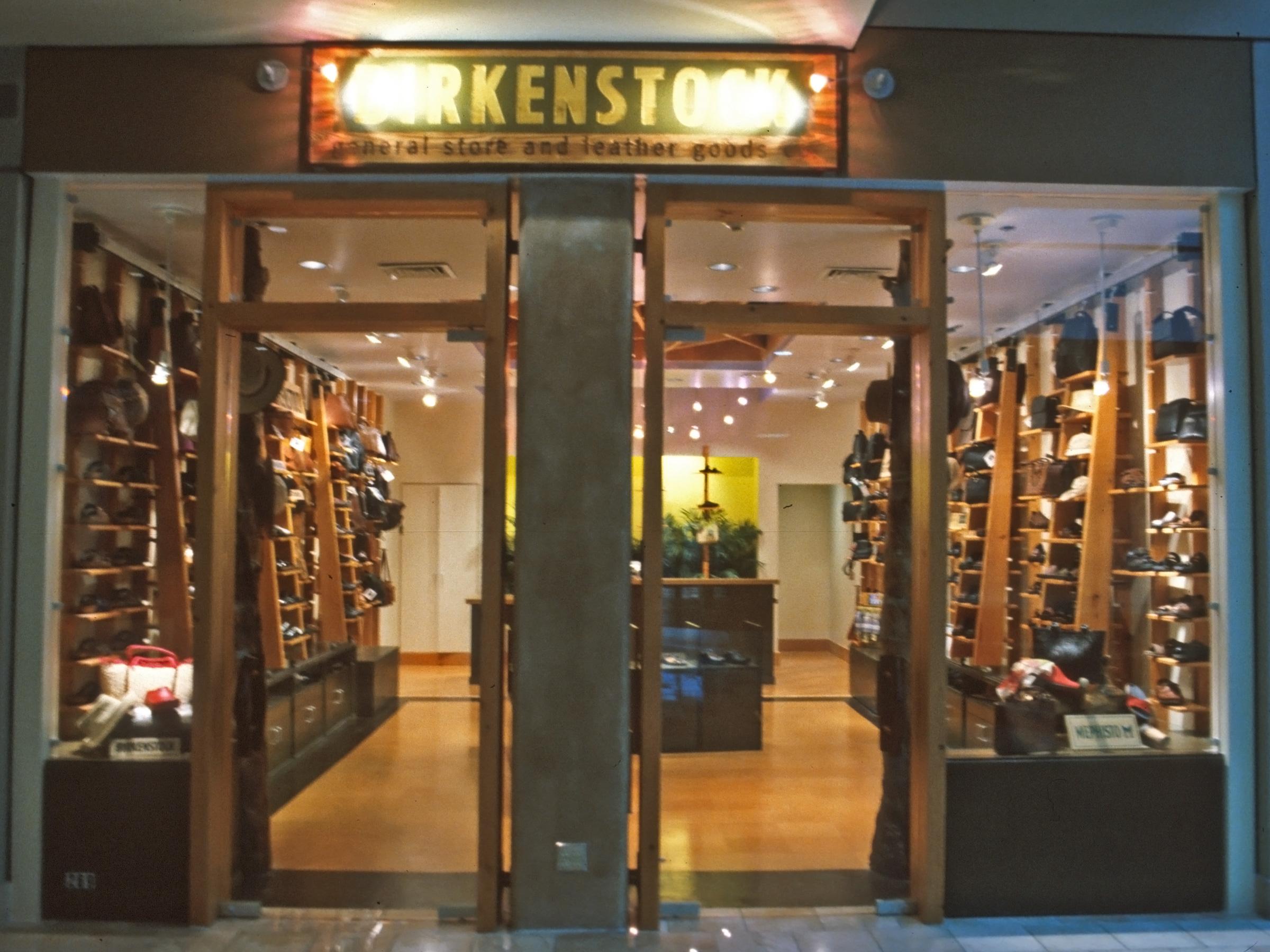 Birkenstock General Store – River Center