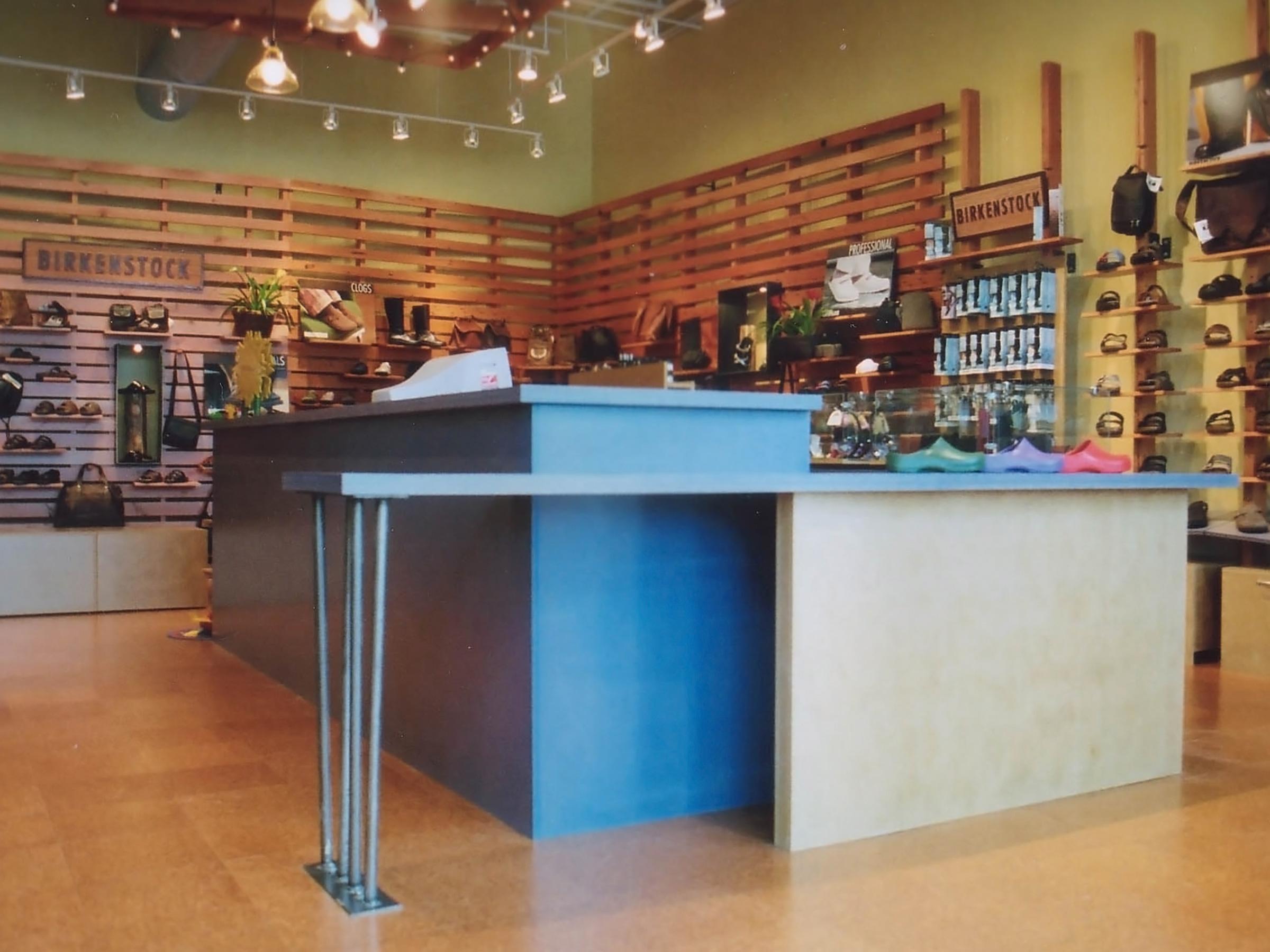 Birkenstock General Store – Strand
